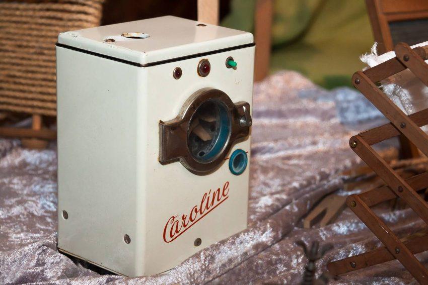 Inteligentna pralka Candy CS34 1262D3-S 6 kg biała - co warto o niej wiedzieć?
